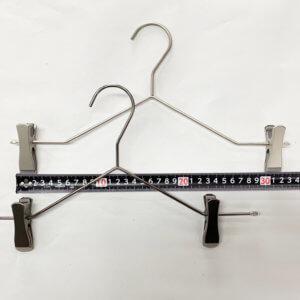 クリップの移動可能範囲 パターン1 横棒の水平部分での最小幅は約24cmとなります。
