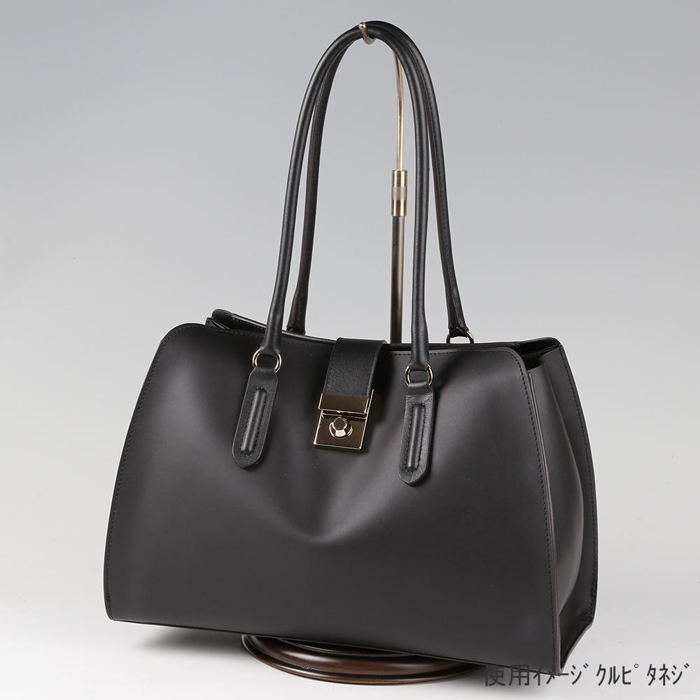 ●卓上バッグ掛けスタンド使用イメージ画像 ●バッグスタンドB-L くるぴたネジ 木製ベース仕様 ●画像はバッグをディスプレイしたイメージ画像です。(画像のバッグは商品に含まれません)