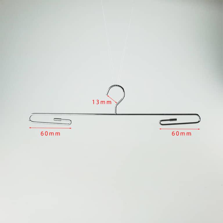 横幅:240mm フック:固定式 フック間口:13mm 線径:2.5φ 色:クロームメッキ